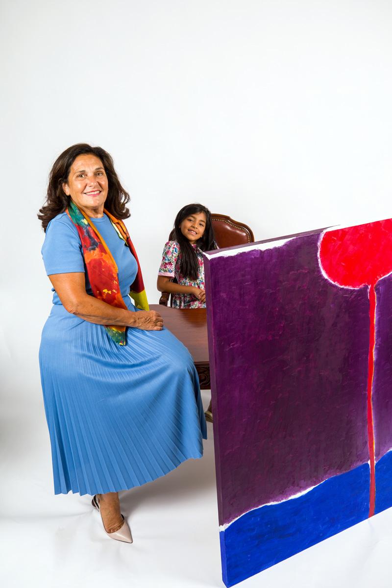 Maryse Casol and Valentina Casol, painting Corolle de Lumière, 2012